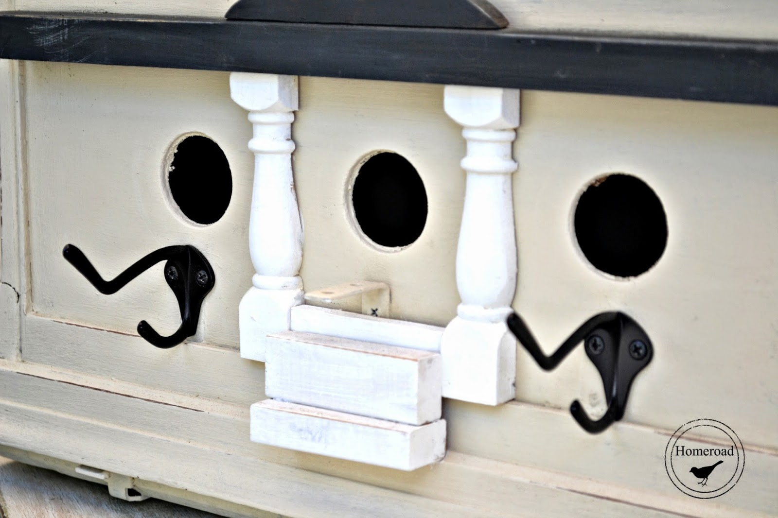 A Repurposed Birdhouse Condo www.homeroad.net