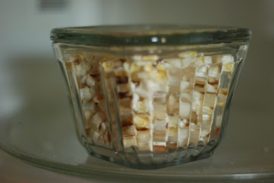 Spindles And Spices Easy Microwave Popcorn Without The Bag