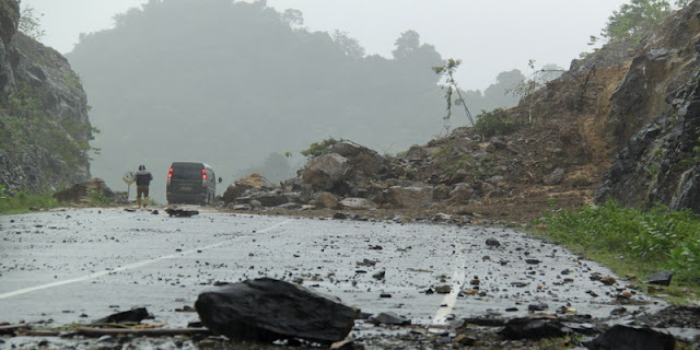 Fakta - Fakta Dibalik Pemicu Utama Terjadinya Longsor di Puncak Bogor