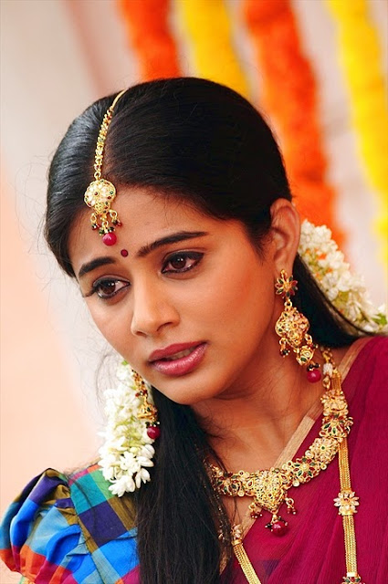 Priyamani Latest Half Saree Images  24 By 7 Stills-1756