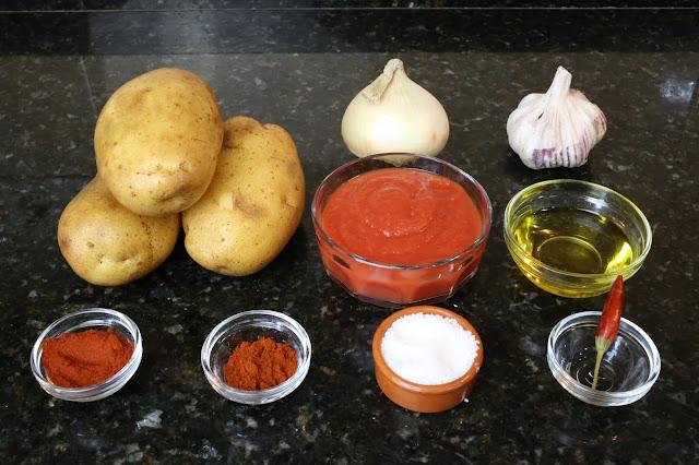 Ingredientes para patatas bravas
