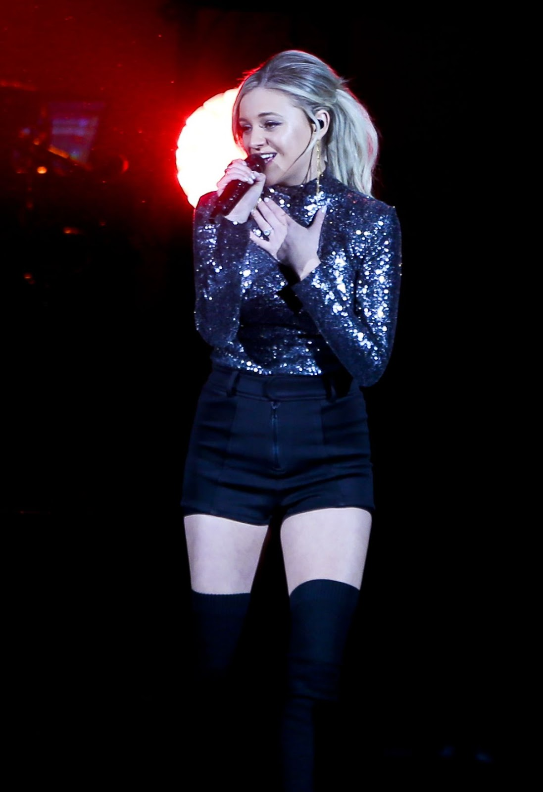 Kelsea Ballerini Performs at a Concert at Long Island in New York - 03/07/2019