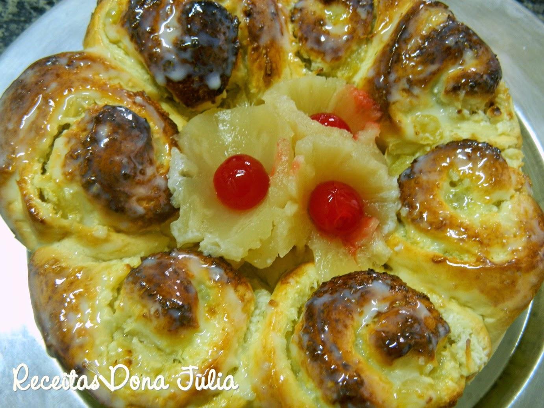 Rosca de coco com abacaxi sem leite, soja e ovos