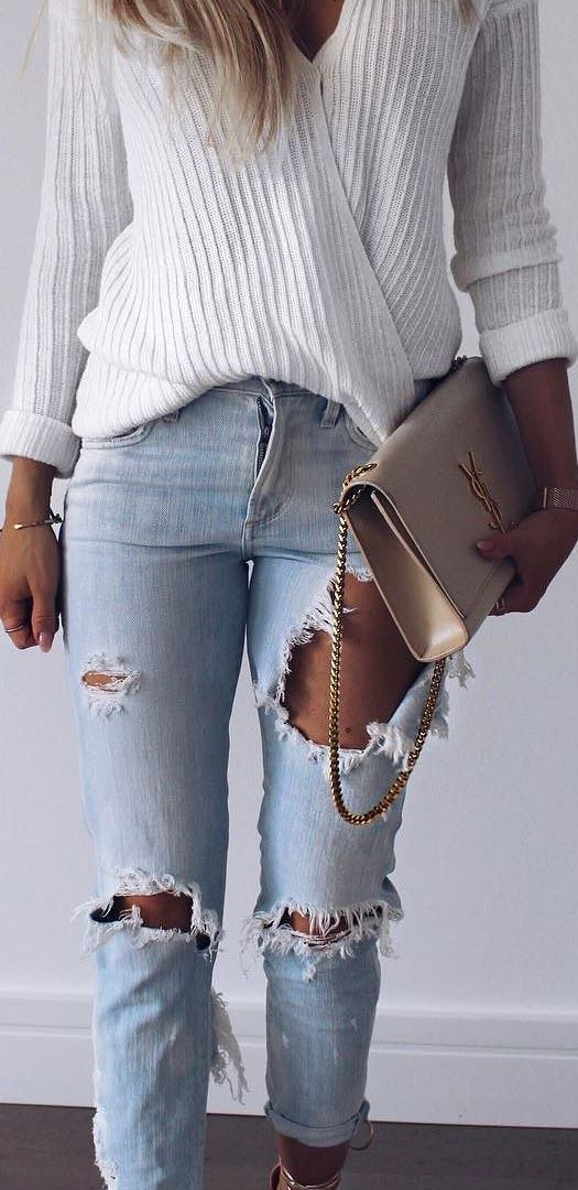 cool outfit idea: top + bag + rips