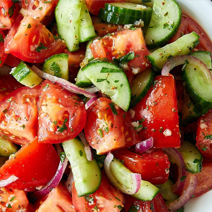 RUSTIC CUCUMBER AND TOMATO SALAD #healthy #appetizers