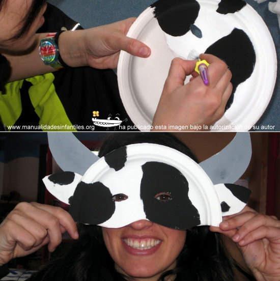 Manualidades con platos máscara de vaca
