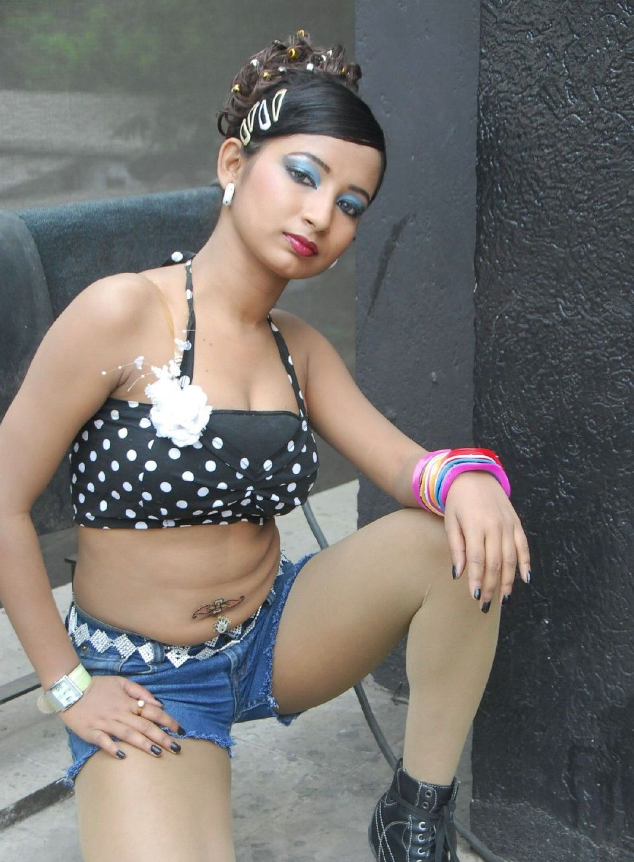 Hot item girls in tamil