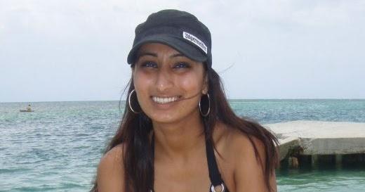 Chuttiyappa: Indian Girl In Bikini at Goa Beach
