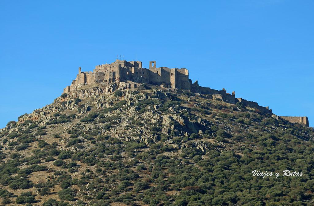 Vista general del Castillo de Calatrava la Nueva