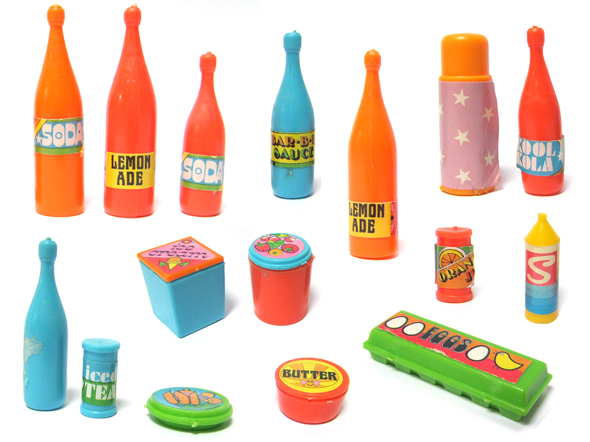 down to the cellar: Vintage 1970s Sindy Food stuff