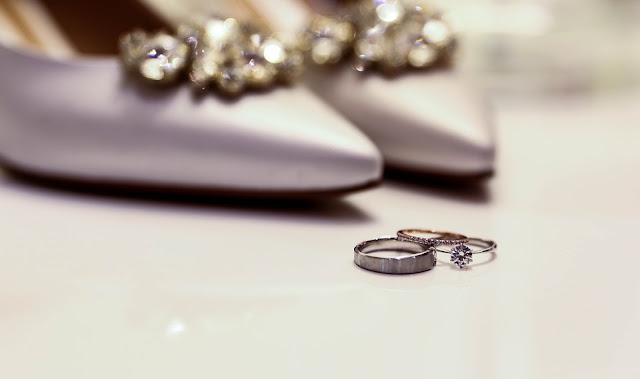 pier%25C5%259Bcionek - Jak wybrać idealny pierścionek zaręczynowy?