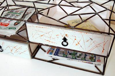 Muebles de hierro oxidado