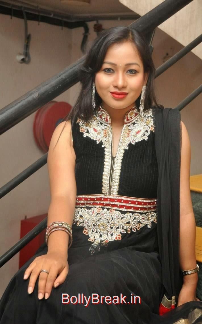 Special Songs Actress Sneha Images In Black Shalwar Kameez, Actress Sneha Hot pics In Black Shalwar Kameez