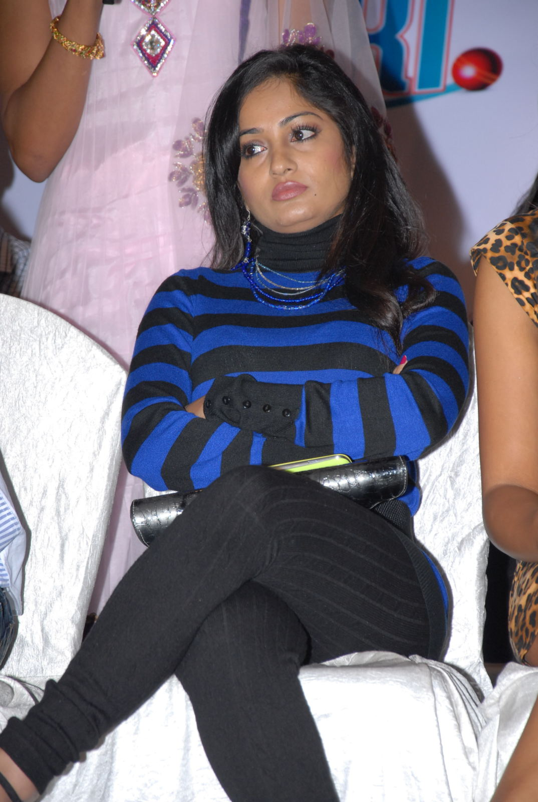 hot and sexy Madhavi latha photo gallery