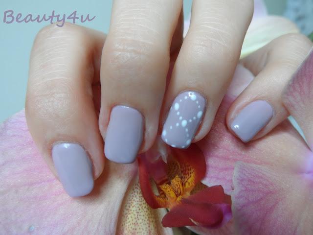 Dots - nails
