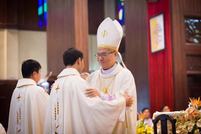 Lễ truyền chức Phó tế và Linh mục tại Giáo phận Lạng Sơn Cao Bằng 27.12.2017 - Ảnh minh hoạ 204