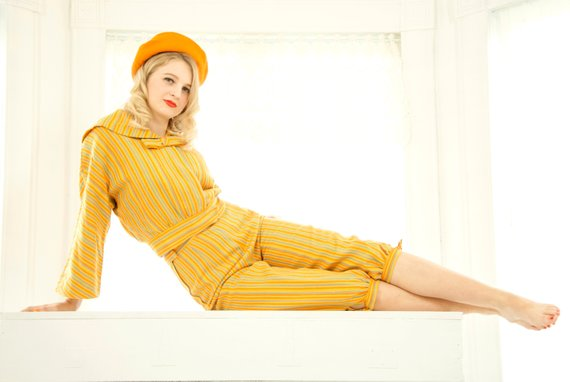 https://www.etsy.com/listing/621688639/vintage-knickers-outfit-suit-yellow?ref=shop_home_active_92