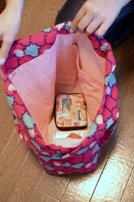 echino 小鳥柄のトートバッグ