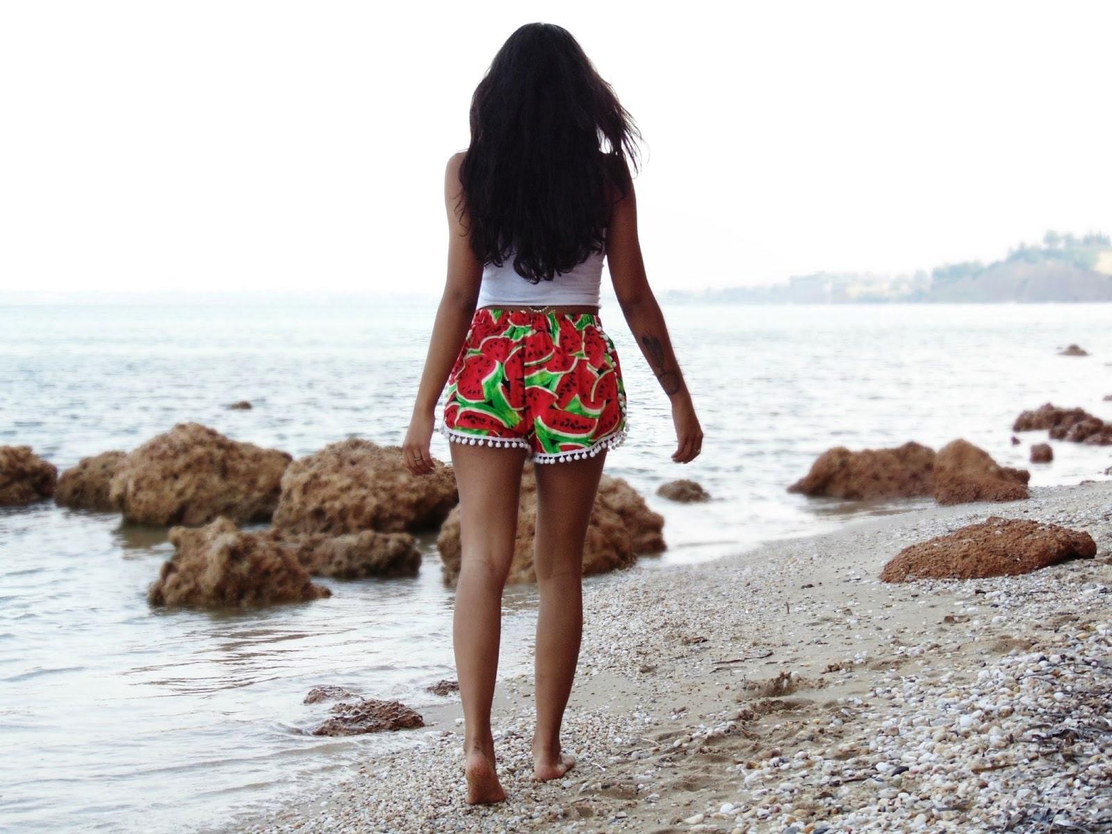 watermeloon pom pom shorts