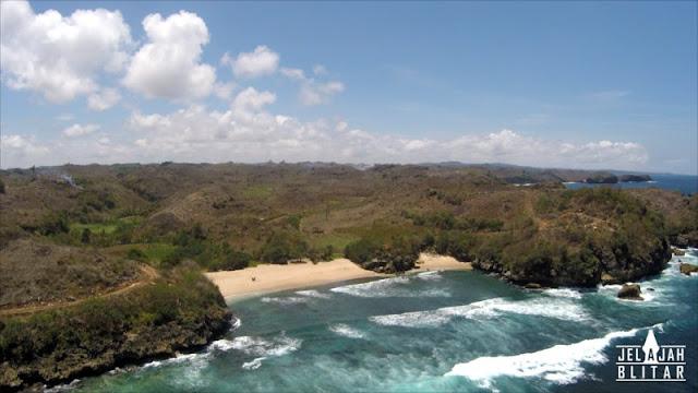 Pantai Peh Pulo dari Udara