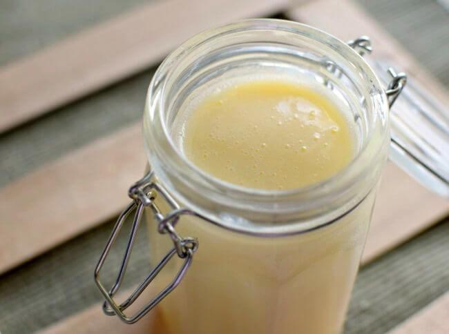 Cómo hacer leche condensada en casa, con sólo dos ingredientes y de fácil elaboración
