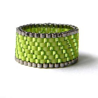 Зеленое кольцо из бисера купить россия крым симферополь