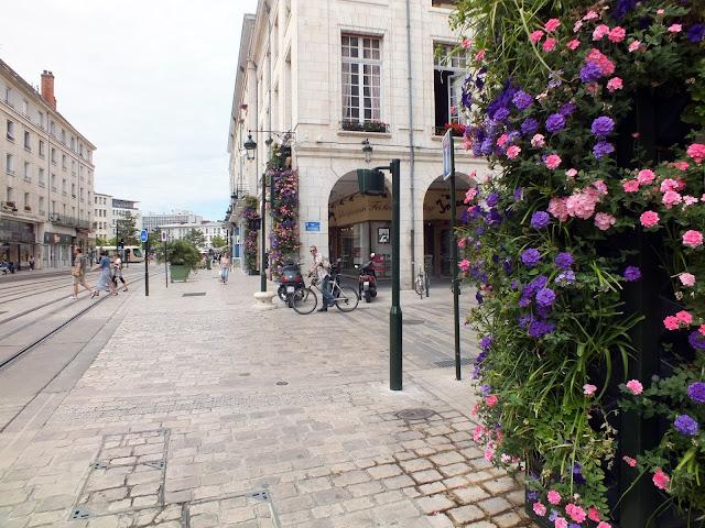 decoración con flores en Orléans