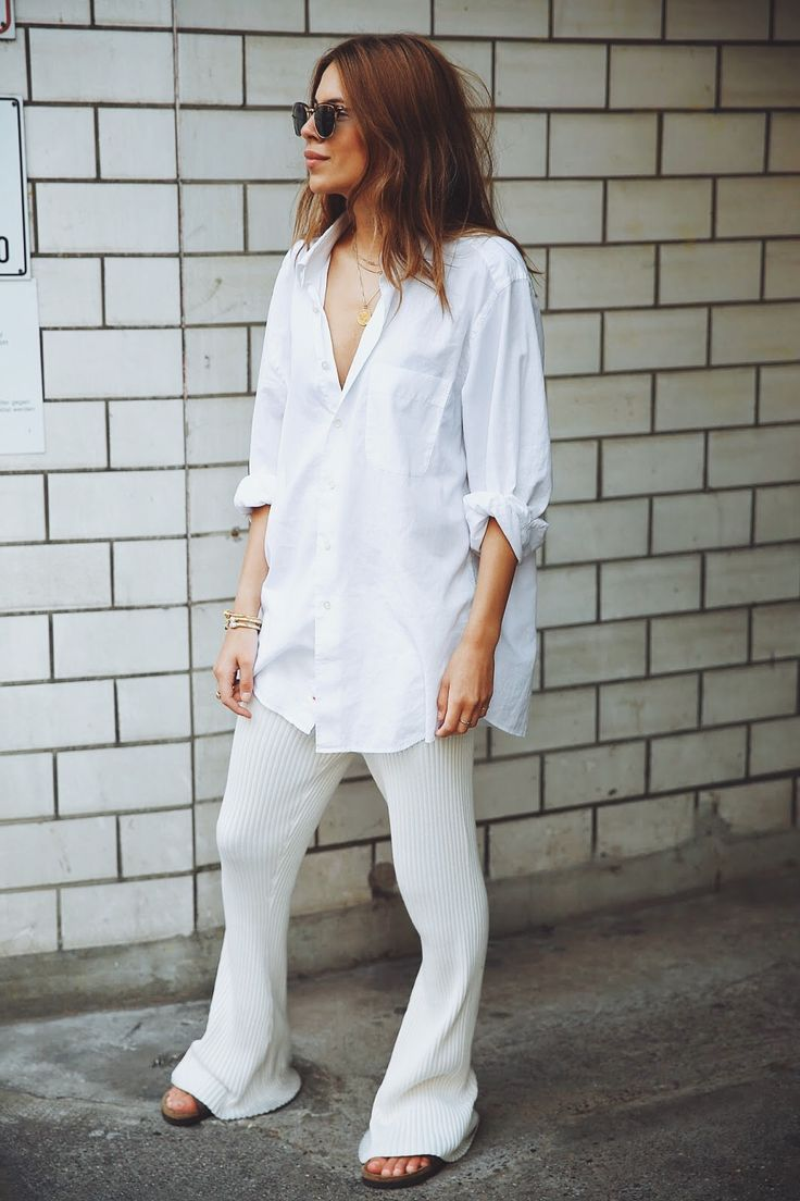 Maja Wyh - All White 70's Summer Style - Knit Flare Pants