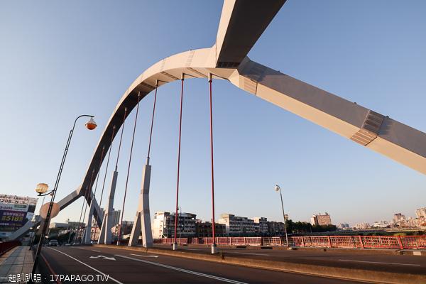 台中東區東門橋|和南方澳大橋結構相似的拱橋|紀念桃芝風災重建