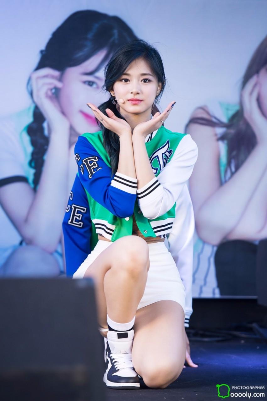 周子瑜(Tzuyu) - 765girl - 美女图片网: https://765girl.blogspot.com/2016/05/tzuyu.html