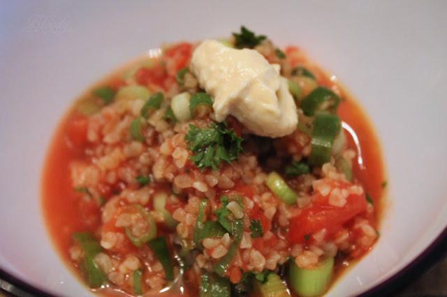 Tabouleh mit NOA Hummus Natur