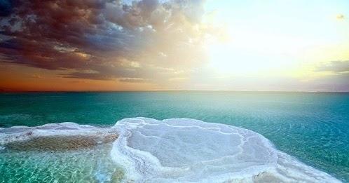 Hasil gambar untuk Amalkan Doa Ini Sebelum Tidur, Insya Allah Utang Sebanyak Buih Di Lautan Akan Lunas