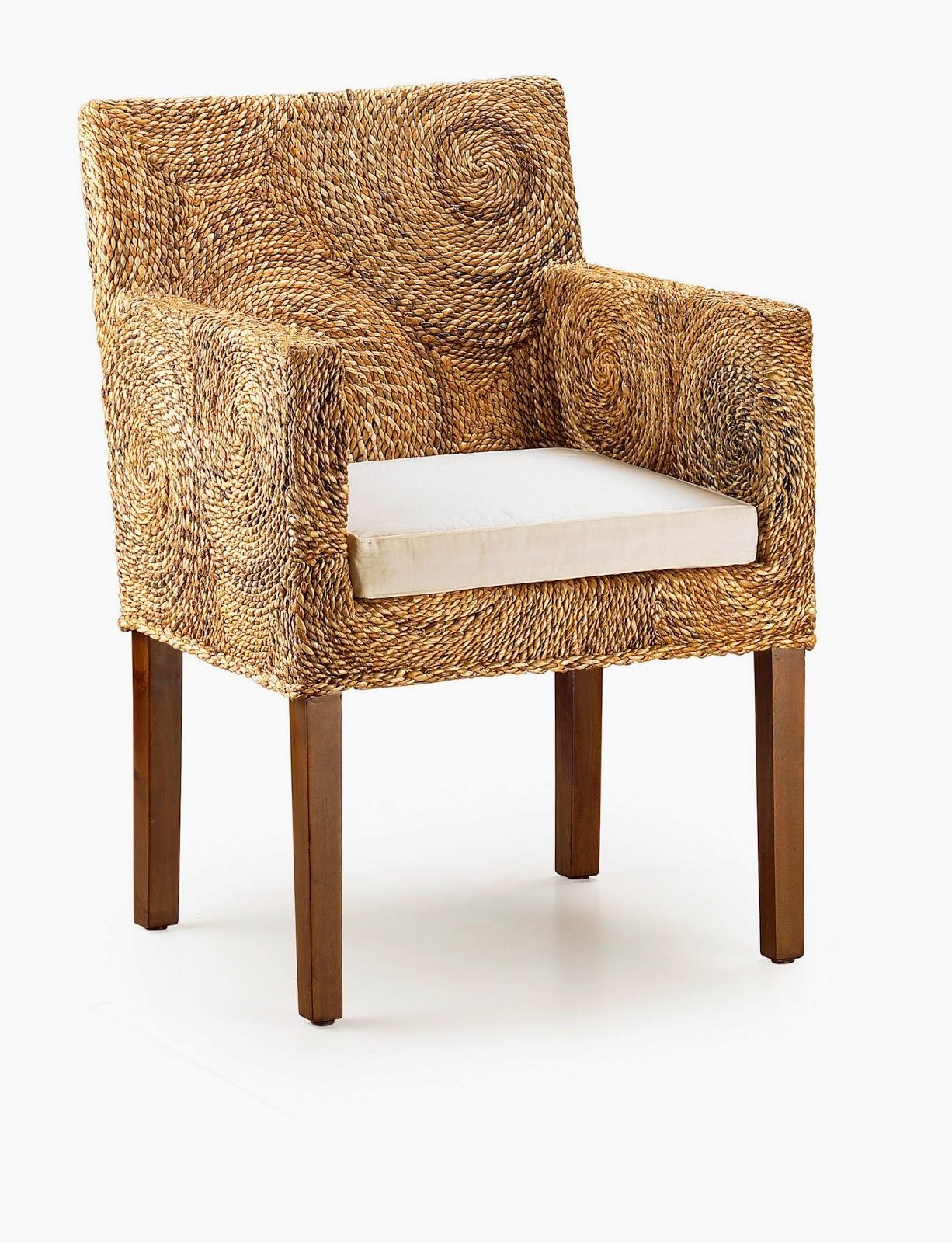 Muebles de comedor 4 sillas de rattan para un comedor for Sillon comedor