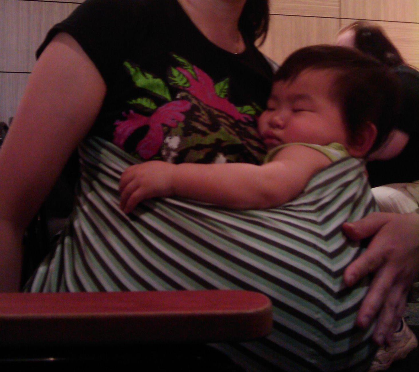 Sparrow Gal S Fart Baby Slings And How To Keep Your Baby