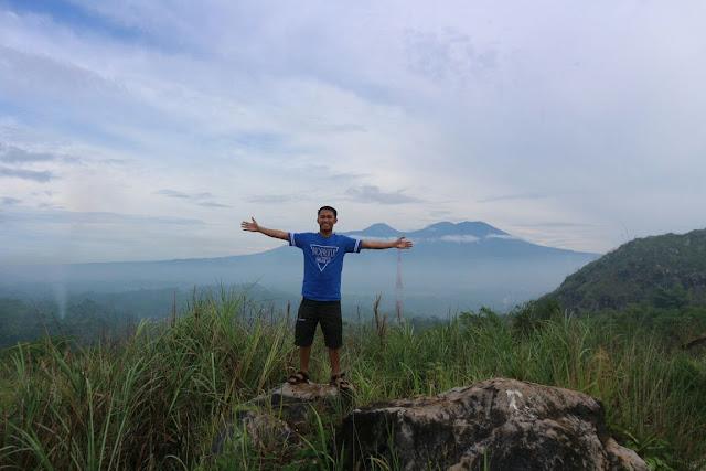 Karang Numpang Sukabumi