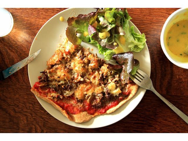 pizza healthy pâte complète salade