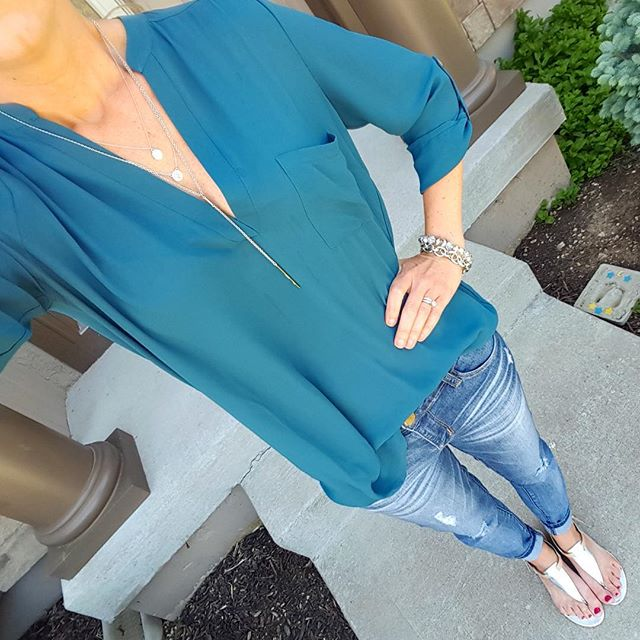 Lush Blouse (also in sleeveless on sale for $17, reg $34) // Jolt The Drifter Boyfriend Jeans - sold out (similar on sale for $37) // Nine West Sandals (similar - on sale for $16)