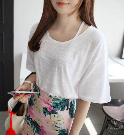 Neck Cutout Elbow-Length Sleeve T-Shirt