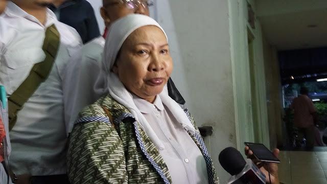 Komentari Maruf Amin, Ratna Sarumpaet: Sudah Uzur Sakit Pula, Di Politik Mau Apa?