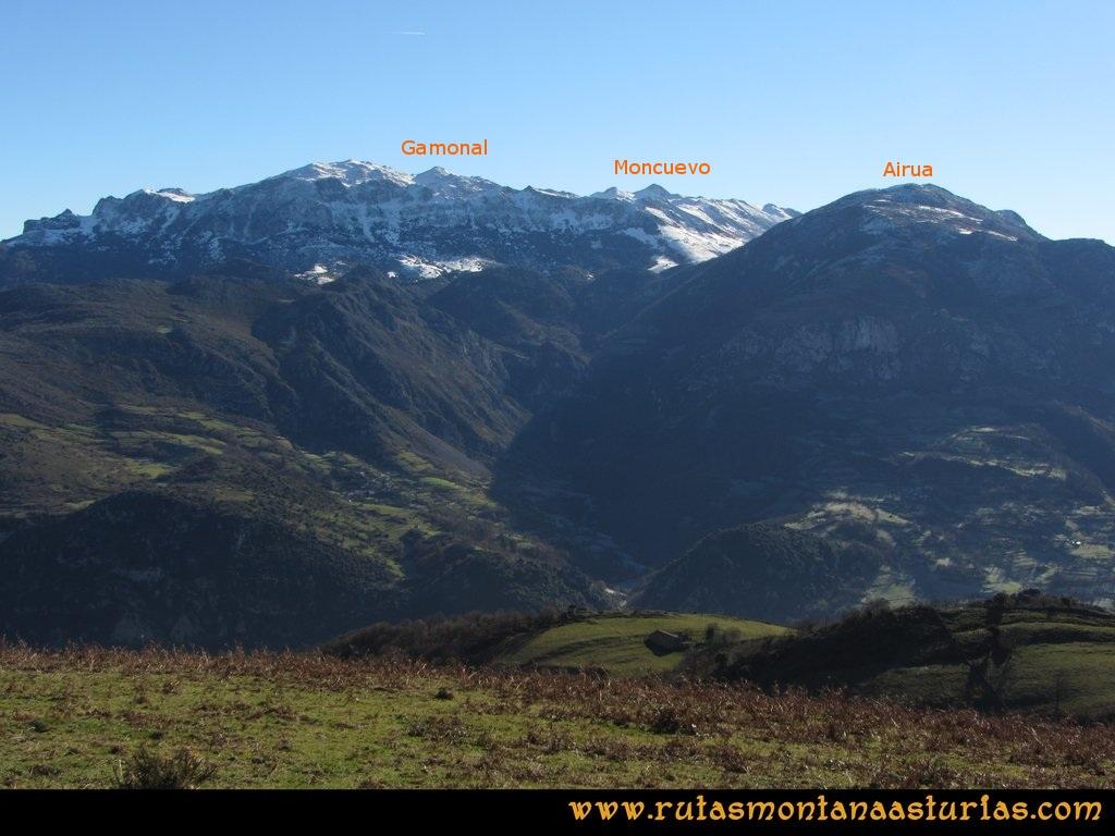 Area Buyera, picos Grandamiana y Plantón: Desde Canto la Cruz, vista de Aramo y Airúa