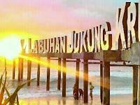 Pantai Pasir Putih (LABJU) Labuhan Jukung Krui Lampung Barat Mempesona