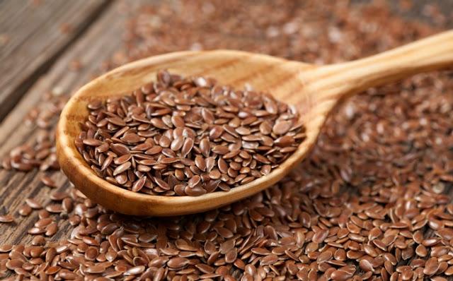 5 وصفات طبيعية لعلاج آلام و ورم الثدي