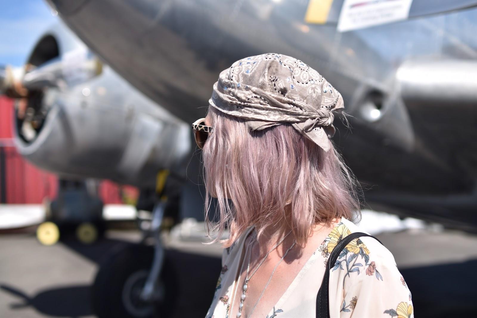 Monika Faulkner outfit inspiration - floral blouse, bandana head scarf, Nanette sunglasses