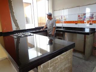 Topes encimeras islas mesas cocina granito marmol lima for Piedra de granito para cocina precios
