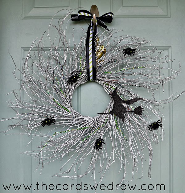 DIY Spray Painted Twig Wreath for the Halloween Front Door