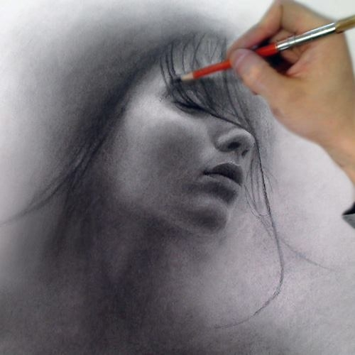 03-The-Mist-of-a-Dream-Xiaonan-Pencil-Charcoal-and-Pastel-Portrait-Drawings-www-designstack-co