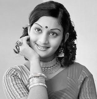 Malayalam actress unnimary hot pics