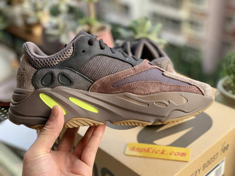 AnpKick Brand Street Footwear: Yeezy Boost 700 'Mauve' Wave
