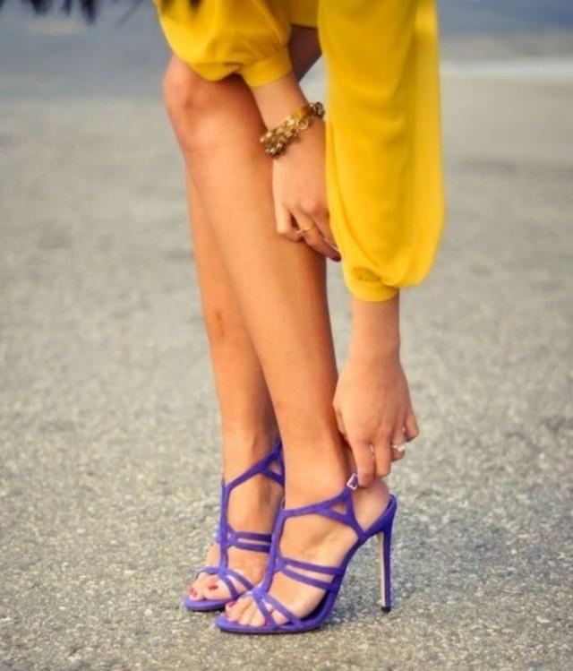 vestido largo invitada boda ultraviolet ultra violeta pantone 2018 blog
