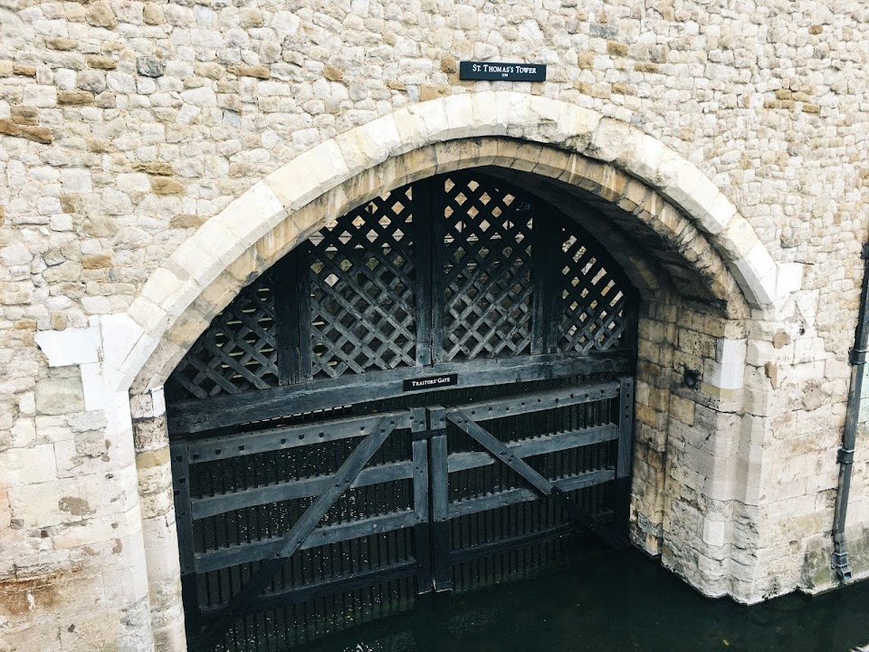 反逆者の門(Traitors' Gate)